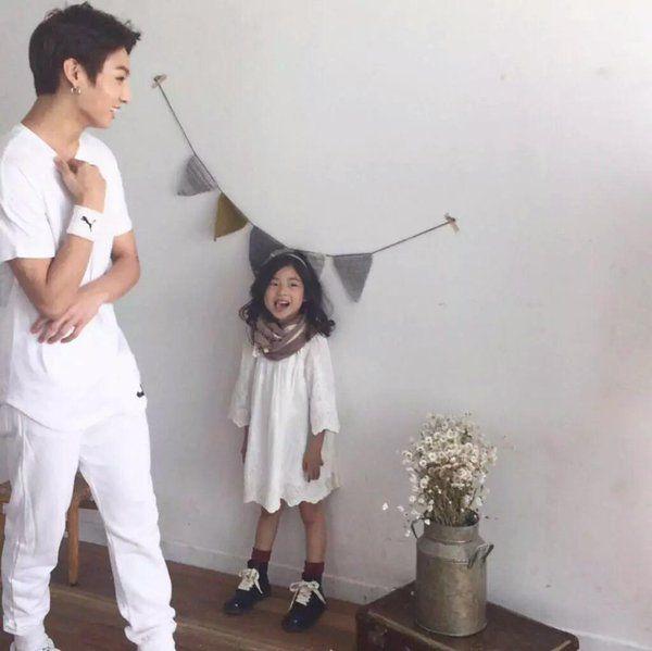 Jungkook with child actress/model Lee Nam Gyeong