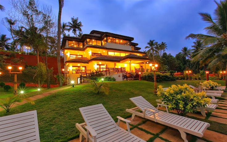 View of the #Fragrant #Nature #Resort main Block at #night! A #RareIndia #Retreat Explore More: http://bit.ly/VOPNID