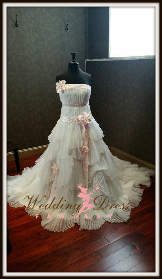 Ivory and Baby Pink Wedding Dress READY TO by WeddingDressFantasy