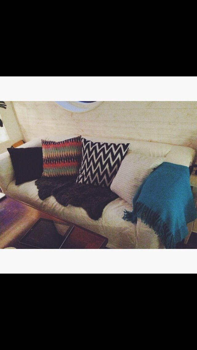 Couch pillows blanket cosy