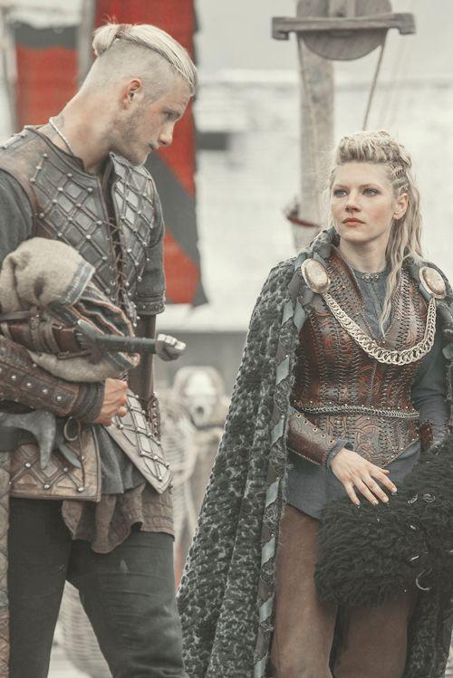 "vikingssource: """"3x01 | Lagertha Lothbrok and Bjorn Ironside "" ""© source "" """