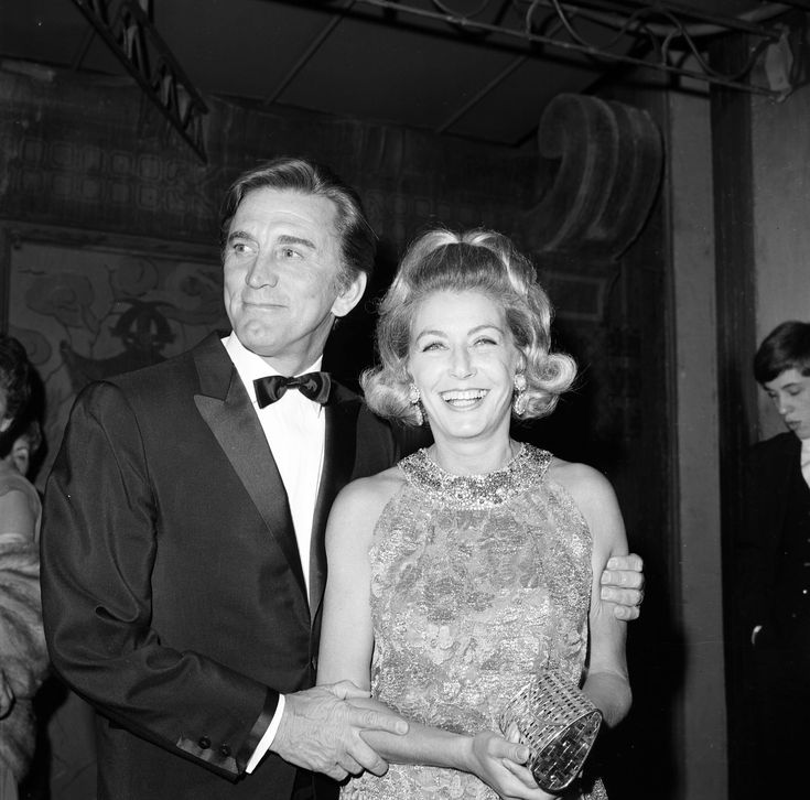 The Incredible Six-Decade Love Story of Kirk Douglas and His Wife, Anne Buydens - TownandCountrymag.com