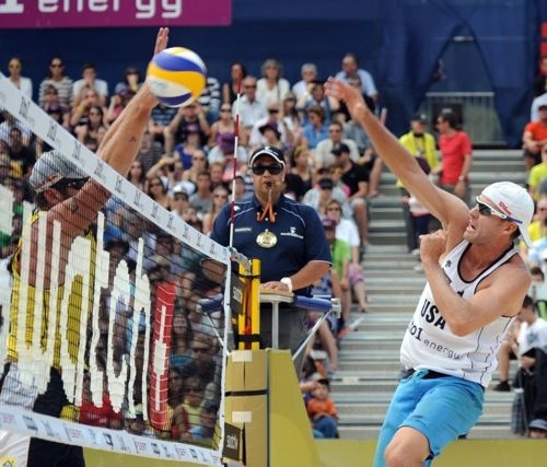 USA's Gibb/Rosenthal Golden at FIVB Beach Volleyball in Gstaad