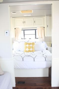 white really brightens everything... You could do so many color combos w/ paint & decor!