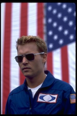 One of my favorite looks on him..clean and in a uniform ;) Johnny Depp in The Astronauts Wife