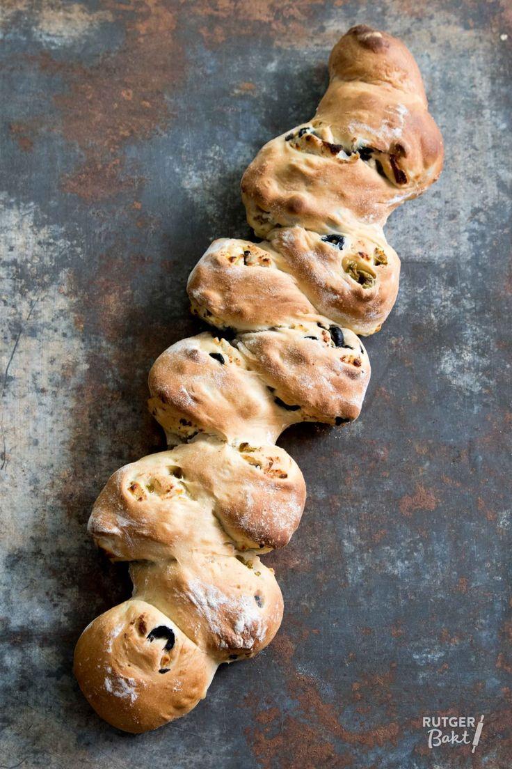 Brood met olijven en feta – recept