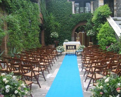 Tappeto Matrimonio Azzurro : Il tappeto azzurro a castello della spizzichina roma