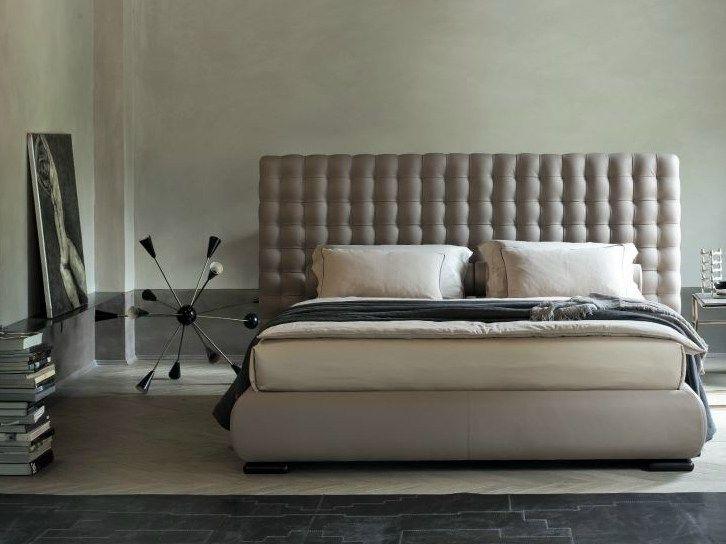 Double bed with high headboard CHOCOLAT - Twils