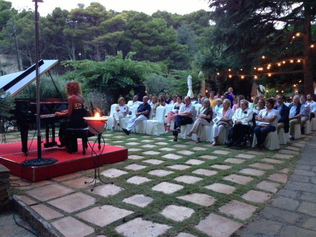 Concierto de Liana Baronaite en los jardines La Rocalla de Hotel Aigua Blava. Begur, Cala Fornells, Costa Brava, Luxury Hotels
