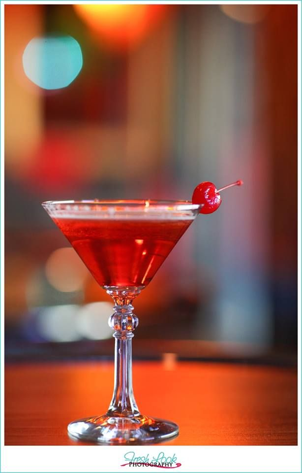 The cosmo is out and The Rainbow Cactus Company's signature drink: Orange Manhattan ARTini made with Absolut Mandarin is in!!