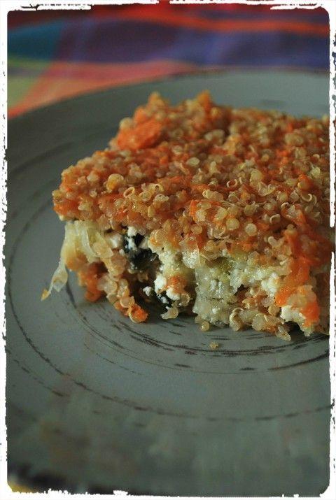 Receita de quinua com abóbora recheada com brócolis, alho poró, ricota ou tofu. Mas as opções de recheio podem ser muitas, é só um pouco de criatividade!