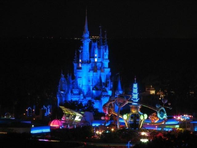 disney world magic kingdom TOMORROWLAND NIGHT COLOR