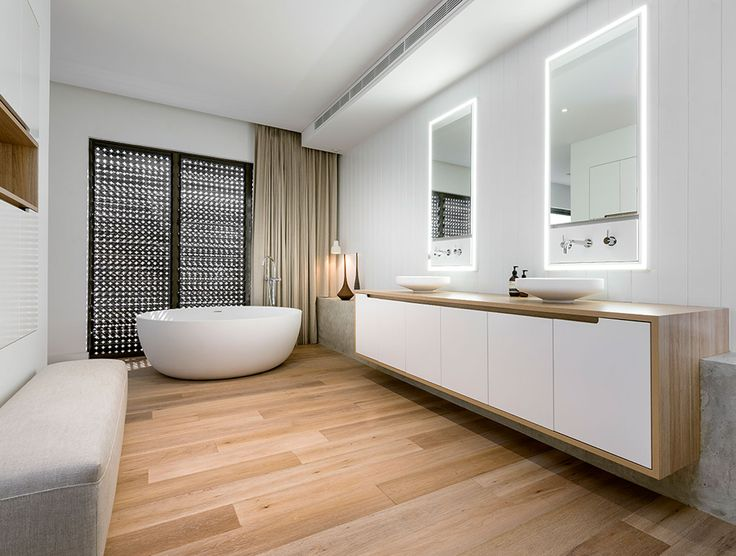 At Havwoods, our goal is not simply to provide hardwood flooring solutions, we want to inspire you. Product shown here is Havwoods Oak Ice White, used in award winning project, The Beach Box residence, designed by Weststyle Design & Development.