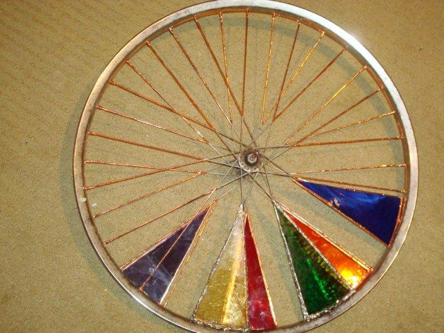 648 best cool stained glass projects images on pinterest for Making bicycle wheels