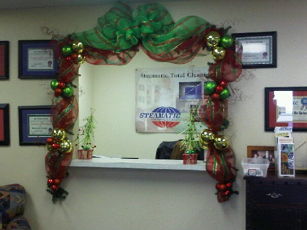 In Lieu Of A Christmas Tree That Took Up Too Much Room My Office I Decorated The Front Window Crafty Beyotch Decorations