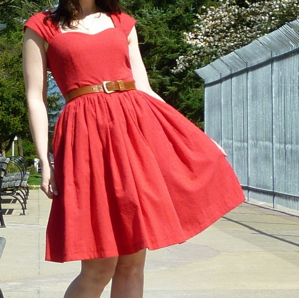 Cambie Dress Sewing Pattern: @Emily Schoenfeld will you make this for me? :)