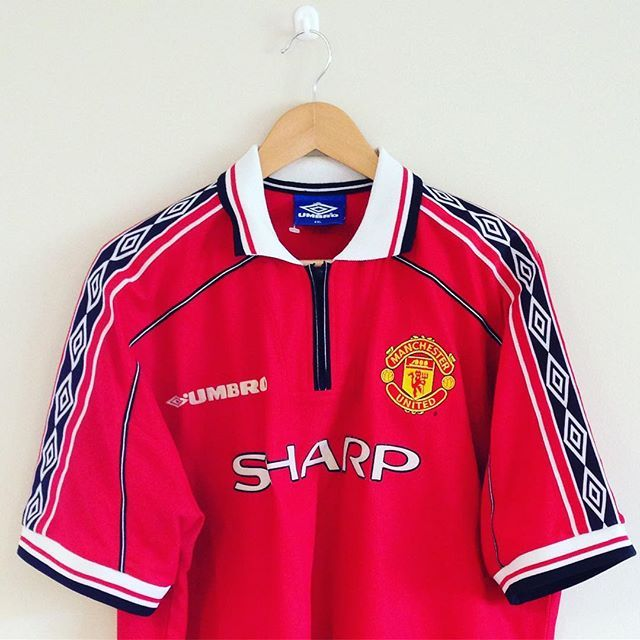 United'a treble winning shirt just added to our store - link in bio! #mufc #manunited #manchesterunited #football #footballshirt #umbro #retro #retroshirt #retrofootball #vintageumbro #90s #90sfootball #soccer #soccerjersey #premiership #premierleague #treble #99 #90s #90svintage #90sfootball