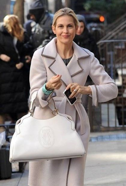 ohhh the bag and the coat.  lovely