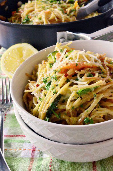 Creamy Vegetable Spaghetti Primavera. Could do w.o the cream.