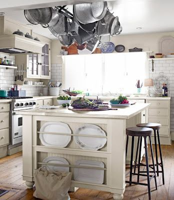 JUNKGARDEN: HOME TOUR:PAGE & GREG PRICEOHIO FARM-->SOMETHING ABOUT THIS KITCHEN MAKES ME THINK I COULD SPEND ALL DAY BAKING IN THERE