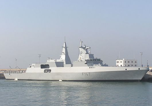 South African Navy Valour Class Frigate SAS Spioenkop.Built by the European South African Corvette Consortium.The frigates of this class were built to a modern stealth design to avoid enemy radar and infrared detection.The ship is distinctive with a new propulsion system, comprising of a water-jet drive, in addition to two propellers.The ship is 121m long and 18 meters wide.