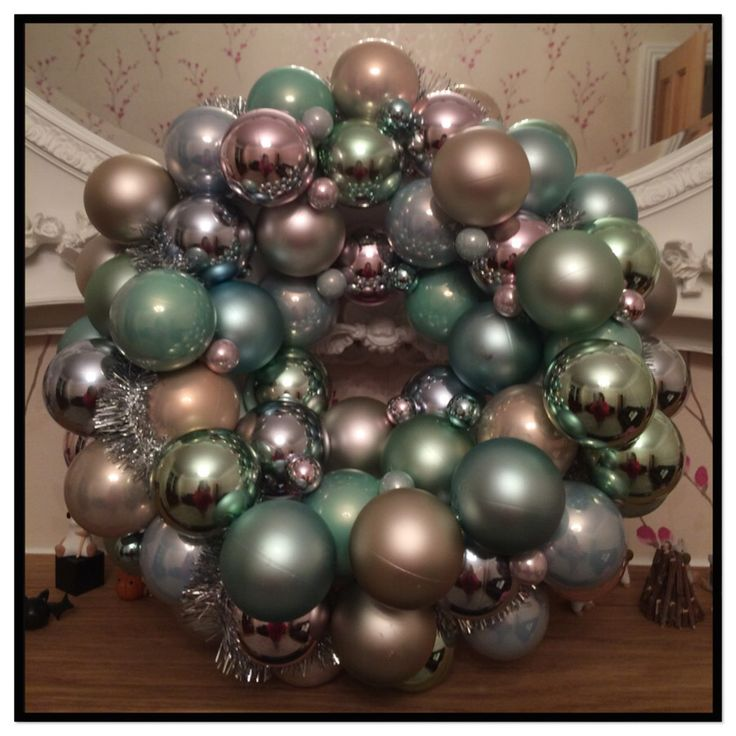 Large Christmas Bauble Wreath £25 made by Art with Flowers