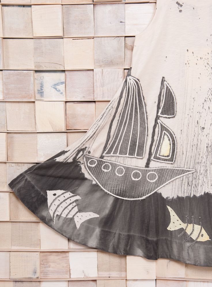 Hand-painted dress 'Sailing'.  One & Only piece!  100% Organic Cotton.   #heelathenslab #heelathens #organiccotton #organicotton #recycling #recyclingcollection #handpainted #handpainteddress  #dress #inspiredbynature #welovenature #applique #oneandonly #sleeveless #greekdesign #madeingreece #madeinhellas