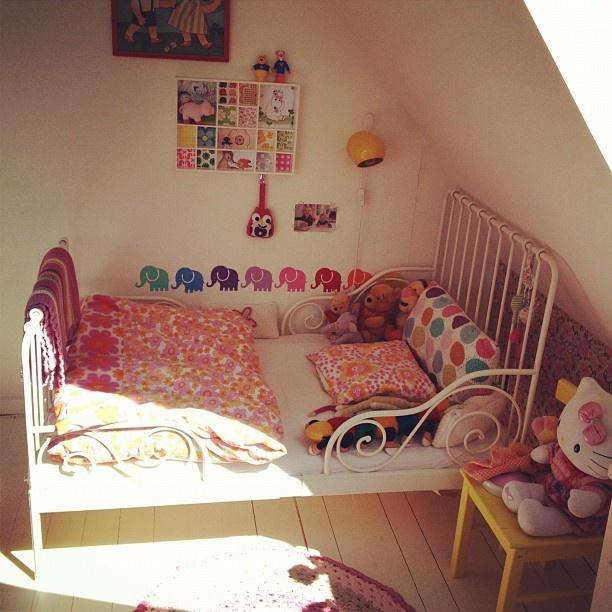 Ny store pige seng.... - @mernee- #webstagram