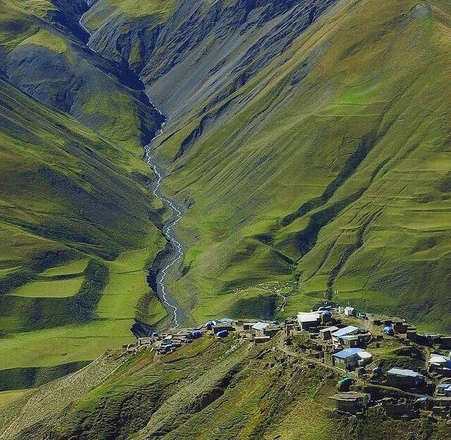 Горное село Хыналыг, Азербайджан.