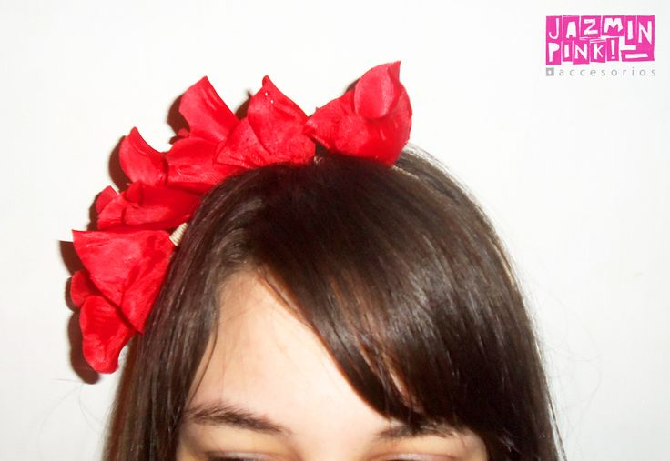 #flowercrown #floral #headband #flores #crown #romantic #flower #fashion #accesories #fashionista #mode #woman #hair #spring #summer #red