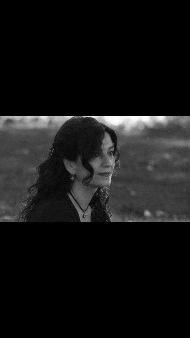 """""""Tadından yenmez bir yalnızlığım var"""" Nazan Bekiroğlu"""