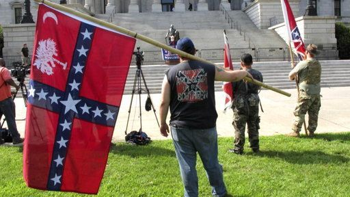 Confederate Flag Flies Again in South Carolina, Temporarily