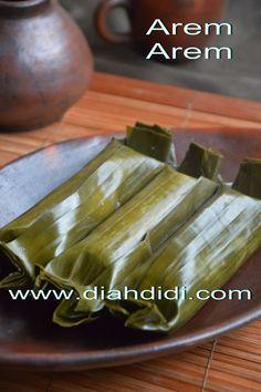 Diah Didi's Kitchen: Arem Arem Isi Ayam