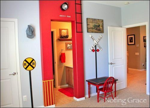 train themed bedroom for boys