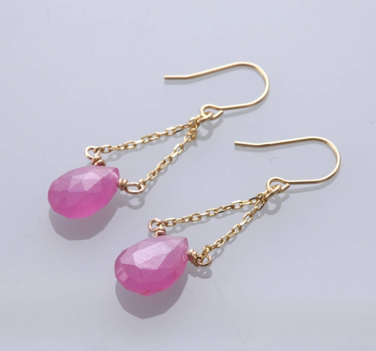 pink sapphire , K10 earrings by Mirisa 10K ピンクサファイアピアス 10,500yen 【スタイルストア限定】ピンクサファイアが優しくゆれるピアス