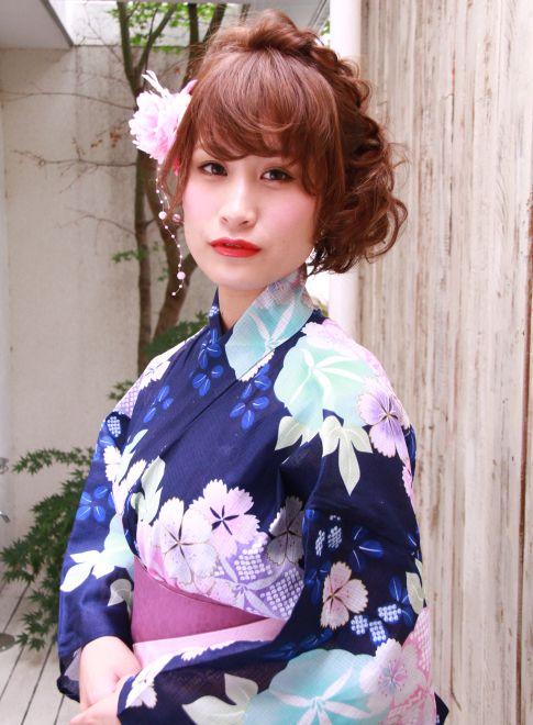 ボブでもできる三つ編プロアップ 【La familia】 http://beautynavi.woman.excite.co.jp/salon/26116?pint ≪ #arrange #hairstyle・アレンジ・ヘアスタイル・髪形・髪型≫