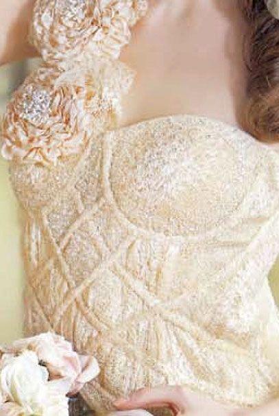 Свадебные платья Ozlem Suer персикового цвета