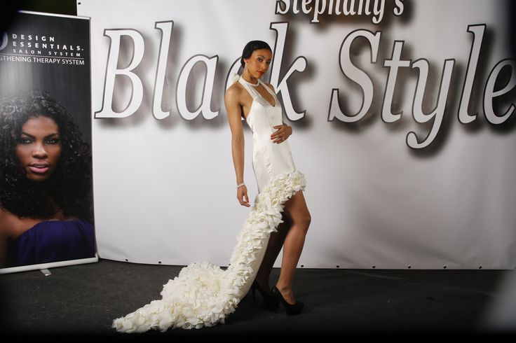 Haute Couture show GHIMELLS Fashion Designer: Melissa Oehlers Model: Muriel Masimo Photographer: Jan de Bloois Make-up artist: Mirurgia Breinburg Stylist: Ani Manukjan Hairstylist: Felitia Jongaman Jewellery by Living Pearls