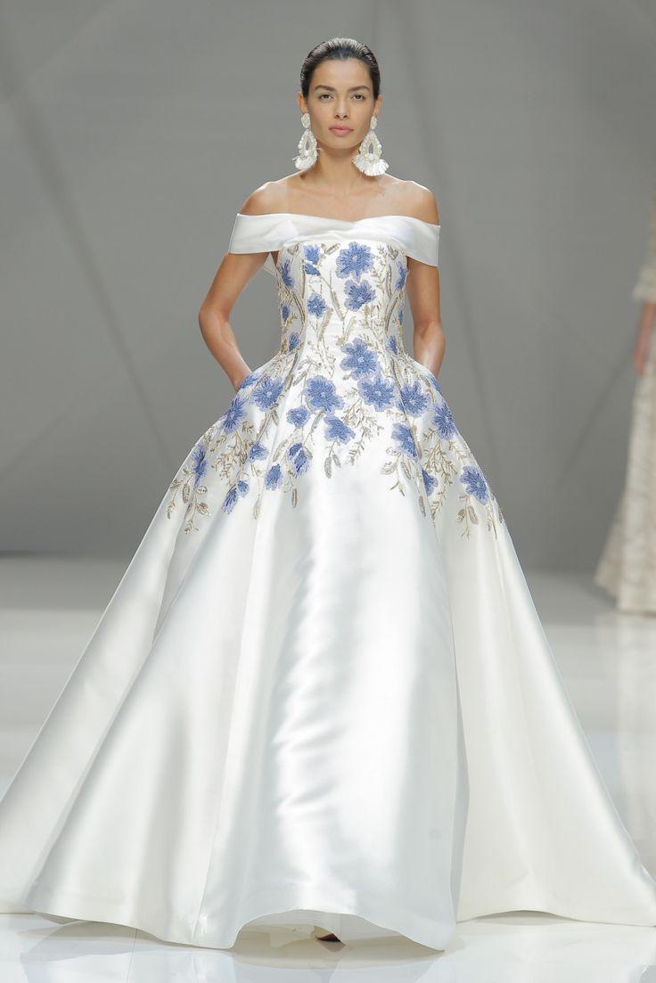 Naeem Khan at Barcelona Bridal Fashion Week: http://www.stylemepretty.com/2016/05/01/wedding-dresses-barcelona-bridal-fashion-week/