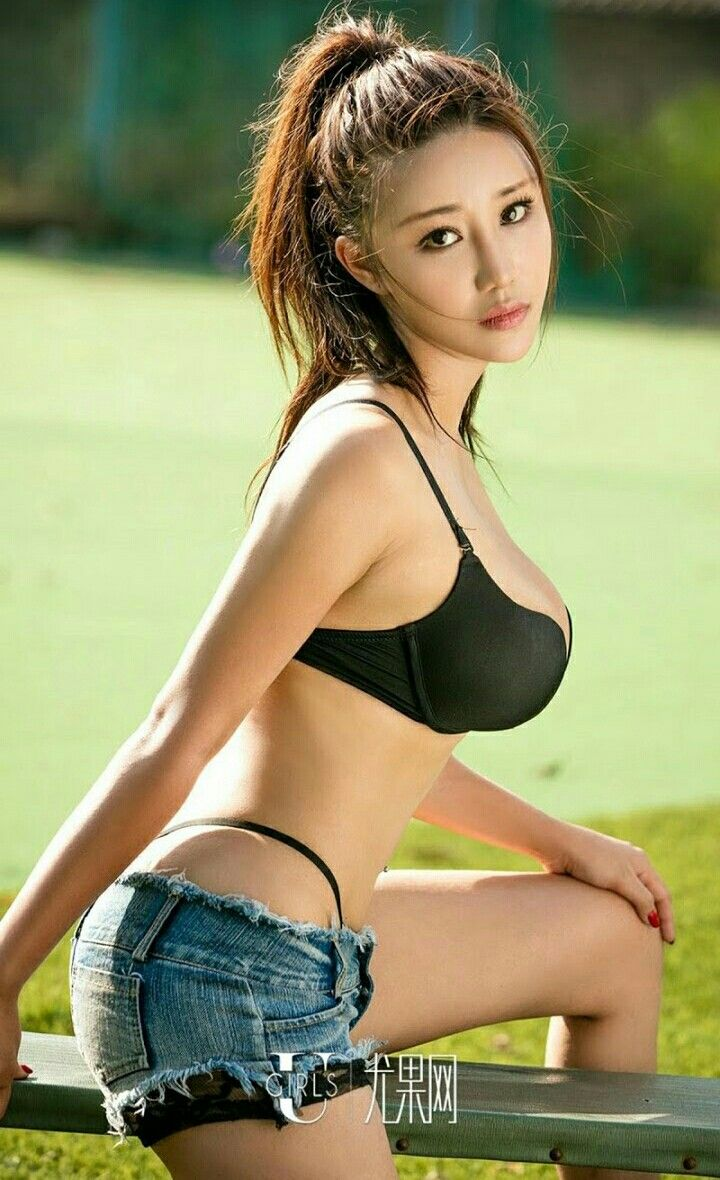 luna single asian girls Asian girl dating site, no 1 asian online dating site for you to go together with your asian lady comprehensive services and information are provided for you to.