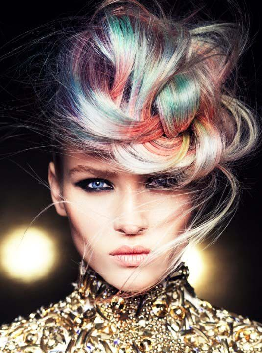 Goldwell's Mark Leeson grabs major British Hairdressing Award – Get the Winning Collection!