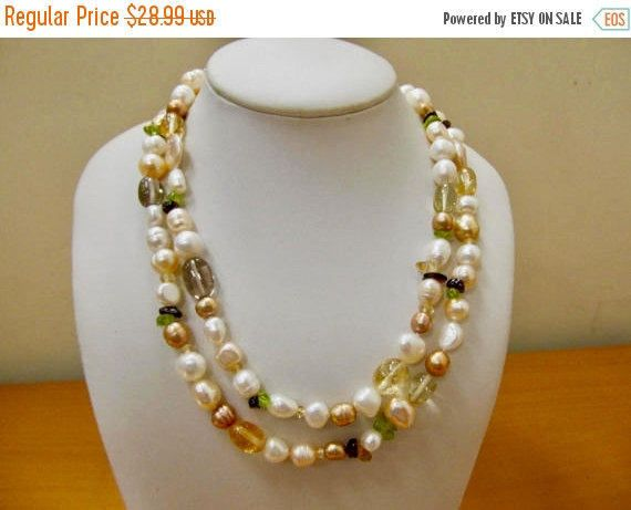 On Sale Vintage Genuine Stone and Fresh Water Pearl Necklace Item K # 1448 by KittyCatShop on Etsy