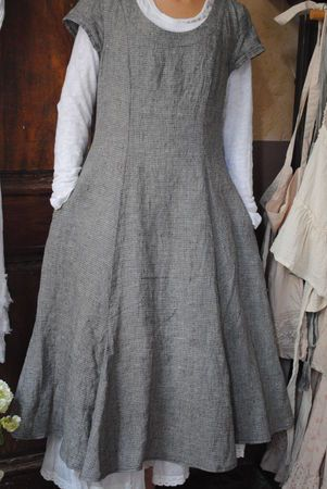 atelier des oursAtelierdesours Canalblog Com, Linens Layered, Lagenlook Style, Beautiful Inspiration, Layered Sleeve, Princesses Seam, Linens Dresses, Linen Dresses, Workshop