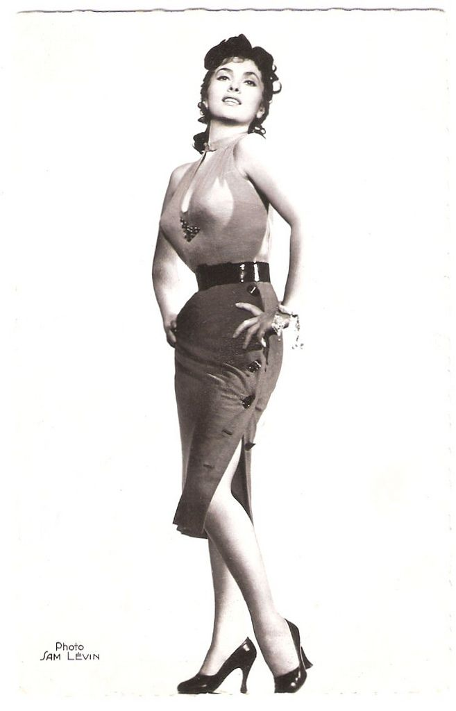 French postcard by Editions du Globe (E.D.U.G.), Paris, no. 360. Photo: Sam Lévin.  Today is the birthday of gorgeous Italian actress and photojournalist Gina Lollobrigida (1927). 'La Lollo' was the first European sex symbol of the post war years and she paved the way into Hollywood for her younger colleagues Sophia Loren and Claudia Cardinale.   Happy birthday, ms. Lollobrigida! We salute you.