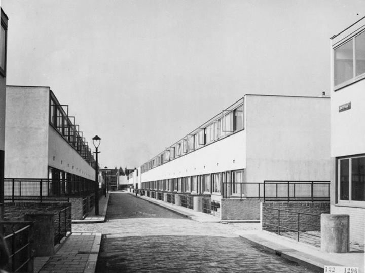Jacobus johannes pieter oud kiefhoek 1922 1924 rotterdam for Architecture firms in netherlands