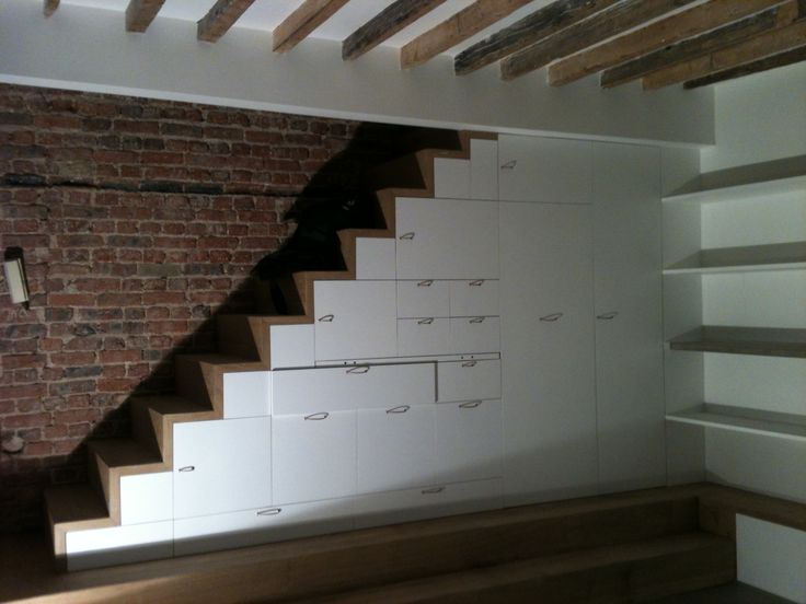 Escalier sur mesure rangements int gr s mezzanine pinterest for Rangement escalier