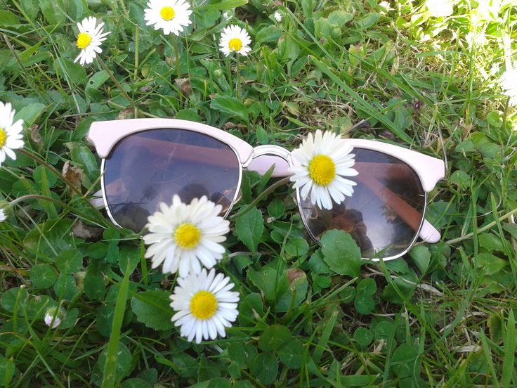 check out the new post !! http://ollynash.blogspot.ie/2013/07/june-favourites.html