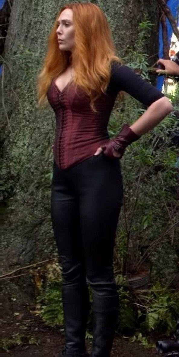 You Should Pull Your Pants Up When It S Time In 2020 Scarlet Witch Marvel Elizabeth Olsen Elizabeth Olsen Scarlet Witch