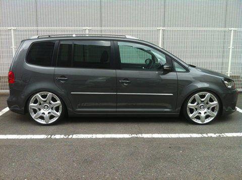 """VW Touran with 20"""" Bentley GT wheels"""