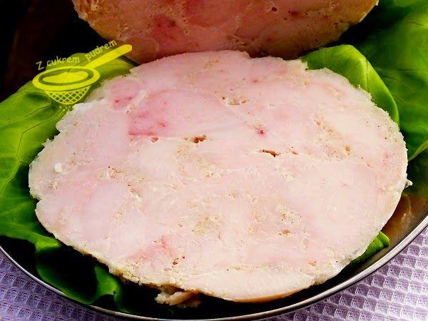 z cukrem pudrem: szynka drobiowa z filetów (szynkowar)